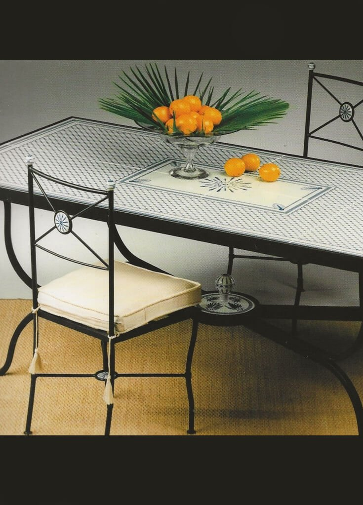 tavolo in porcellana